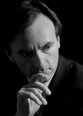 Stephen Hough (photograph by Grant Hiroshima)